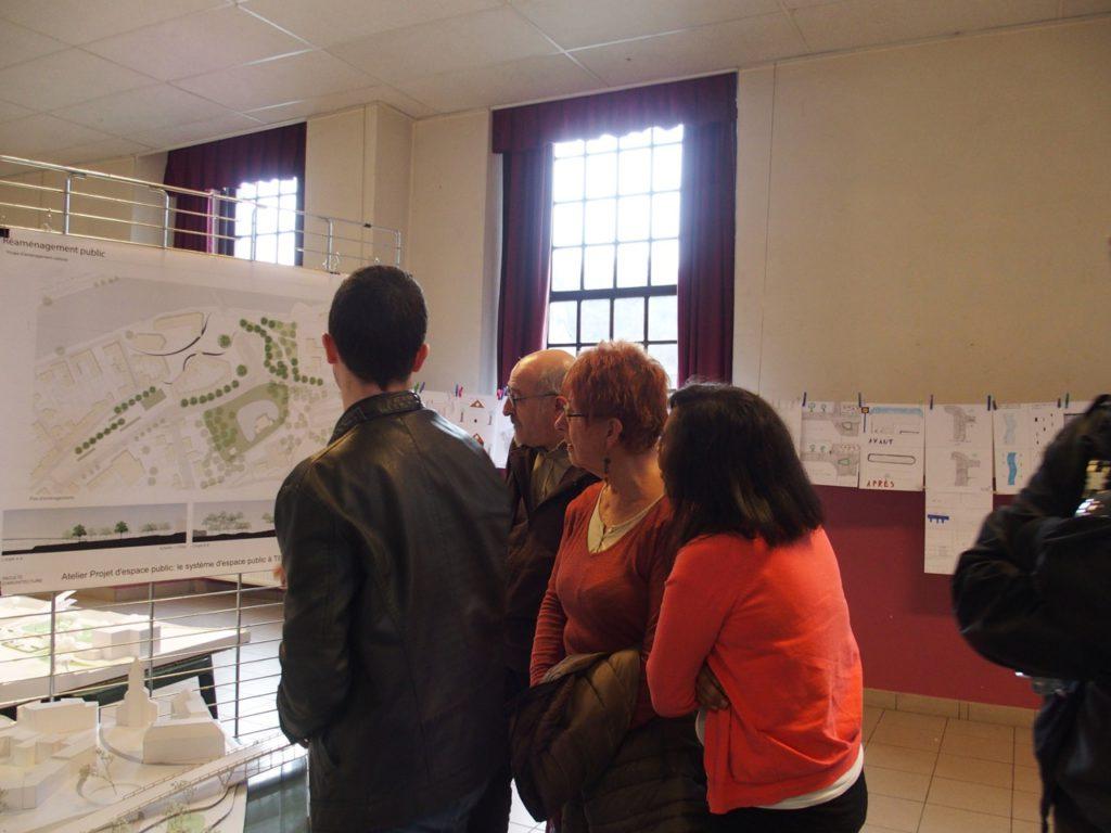 Visite de l'exposition au château Brunsode